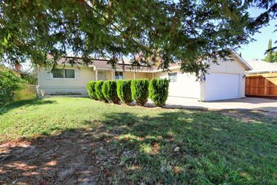 10377 Malaga Way, Rancho Cordova, CA 95670