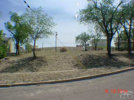 1413 Raton Ave - Photo 2