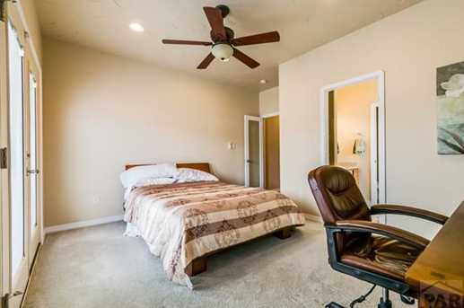5135 Cabazon Ct - Photo 20