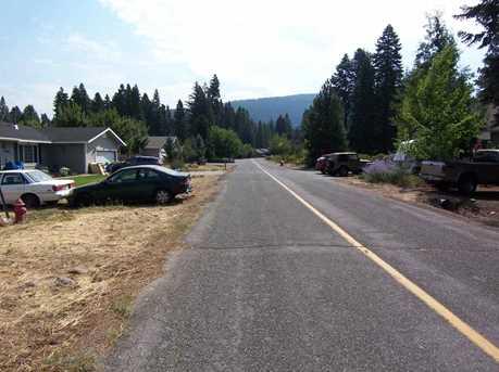 3390 Woodlake Drive - Photo 2