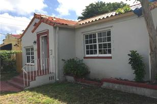 1827 SW 18th Ave - Photo 1