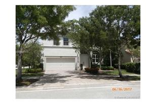 5205 SW 171st Ave - Photo 1