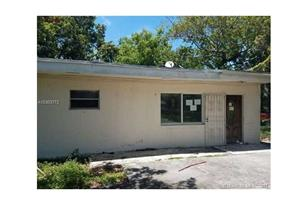 1361 NW 30th St - Photo 1