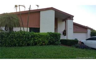 10515 SW 132nd Ct - Photo 1