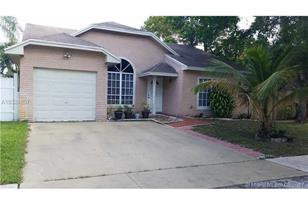 8641 SW 16th Ct - Photo 1