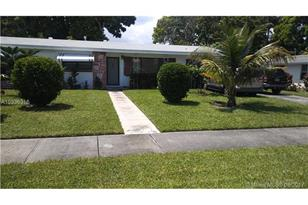 18900 NW 19th Ave - Photo 1