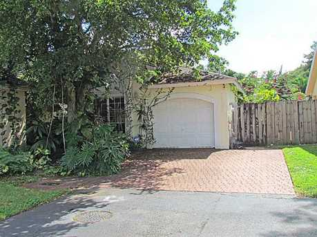 10080 Nw 57 St - Photo 1