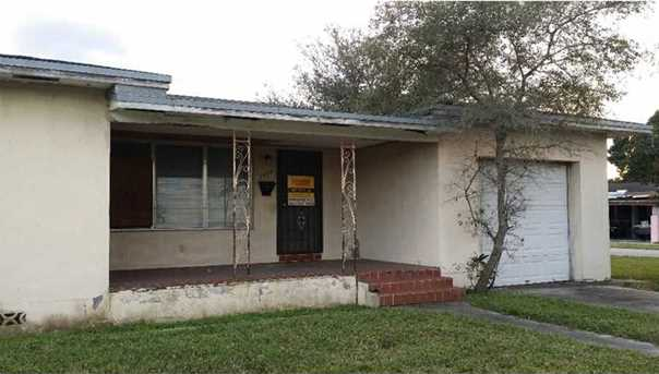 2050 Nw 133 St - Photo 1