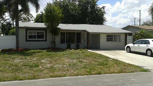 2320 Nw 69Th Te - Photo 1