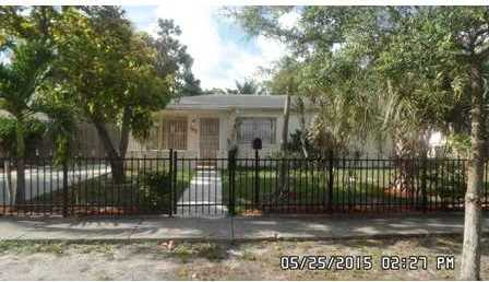 1185 Nw 127 St - Photo 1