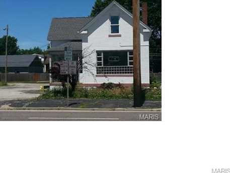 721 Lemay Ferry Rd - Photo 1