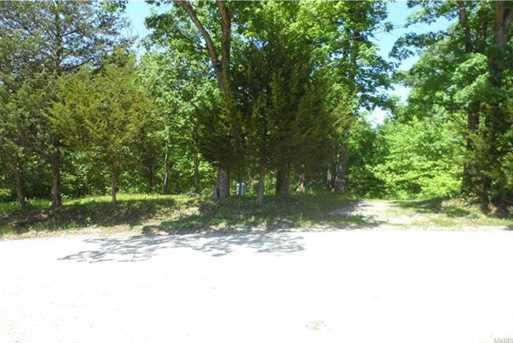 81 Lakeview Drive - Photo 1