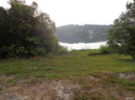 10132 Lake Ridge Drive - Photo 2