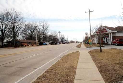 1133 North Main Street - Photo 4