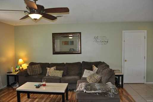 15008 Tampa Rd - Photo 4