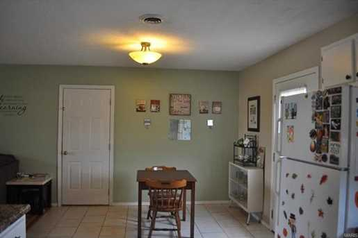 15008 Tampa Rd - Photo 14