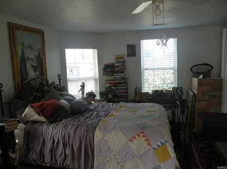 104 South Division Street - Photo 10