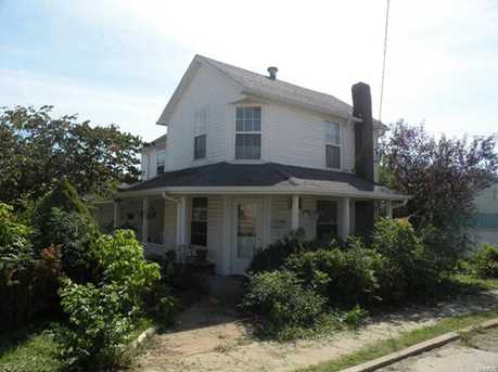 104 South Division Street - Photo 2