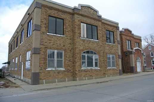 202 West Saint Joseph Street - Photo 1