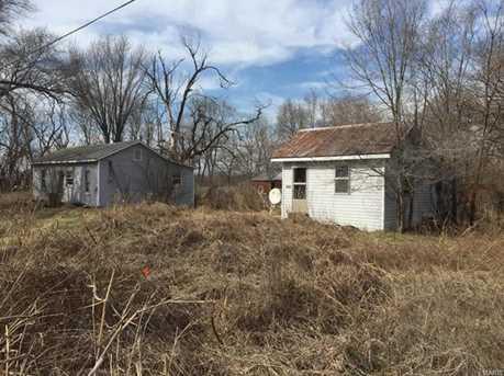 225227 West Railroad Avenue - Photo 2