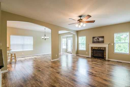 10945 Clydesdale Manors - Photo 2