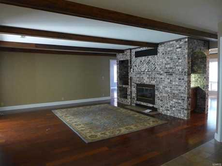 204 Rolling Meadows - Photo 10