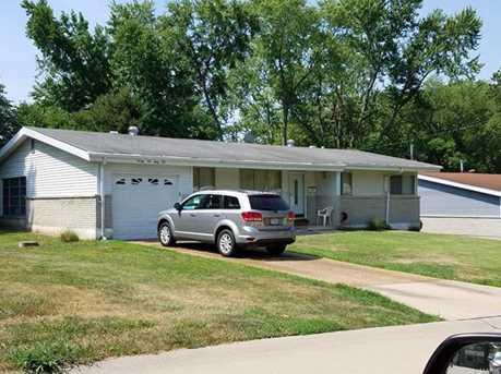 2262 Crandel Drive - Photo 1