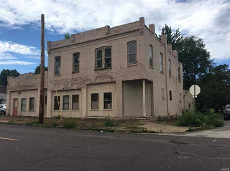 124 West Davis - Photo 1