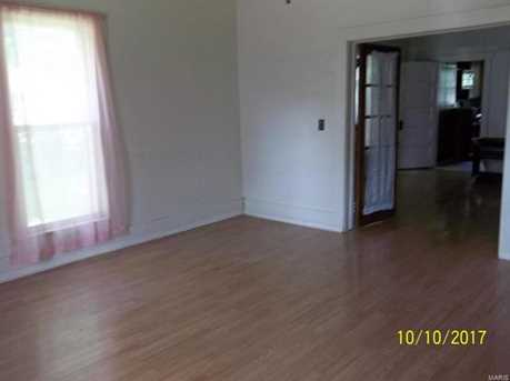 209 South Court - Photo 2