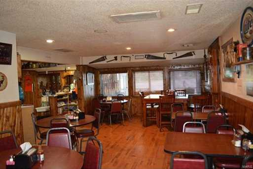 302 Old Motel - Photo 16