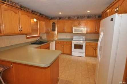 13787 Valley Dale Drive - Photo 6