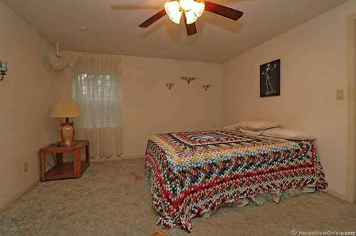 29387 Coldwater Creek Rd - Photo 32