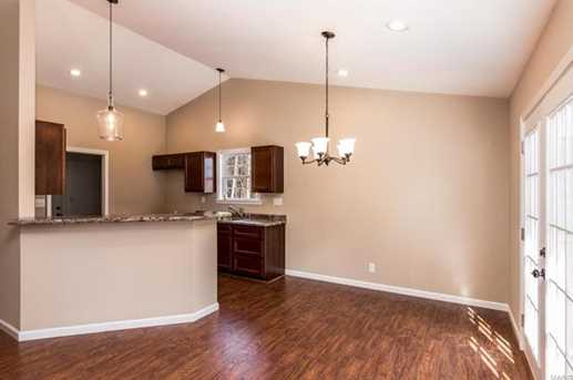 164 Lakeview - Photo 4
