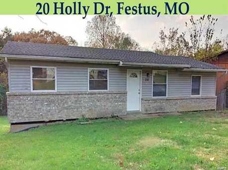 20 Holly - Photo 1