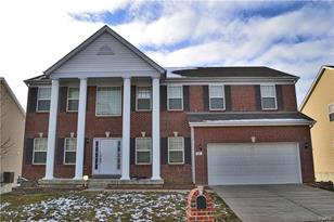 90 Fountainview Drive - Photo 1