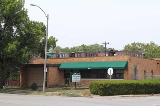 813 North Skinker Boulevard - Photo 1
