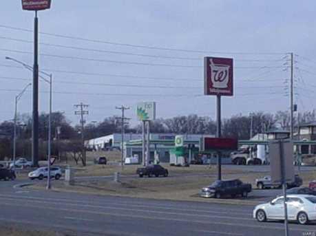 205 North Lincoln - Photo 1