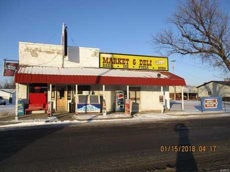 112 West Maple St - Photo 1