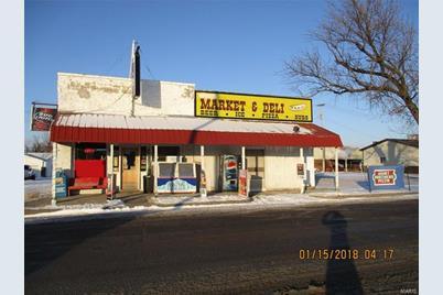 112 West Maple Street - Photo 1