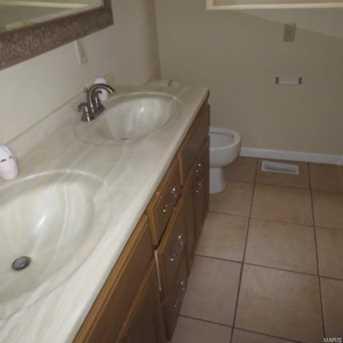 5960 Oakherst Place #1 - Photo 8