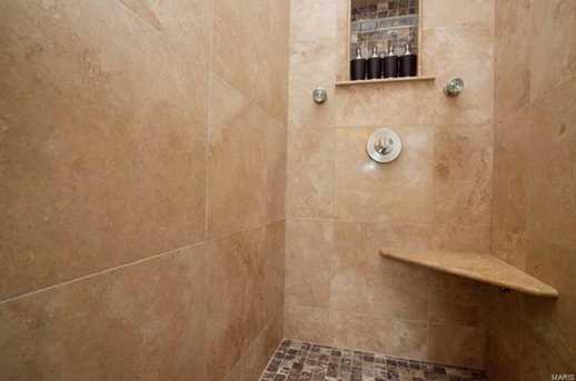 15 Charlemagne Court - Photo 16