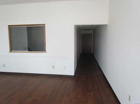 233 W Springfield Ave - Photo 8