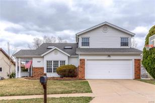 717 Cedar Bluff Court - Photo 1