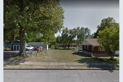 9008 Forest Avenue - Photo 1