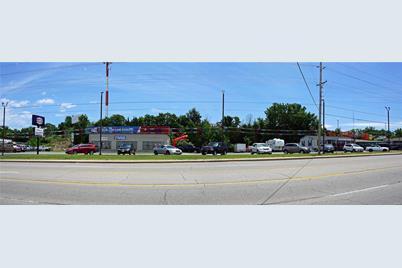 631 South Bishop Avenue - Photo 1