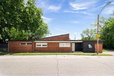 2912 Iowa Avenue - Photo 1