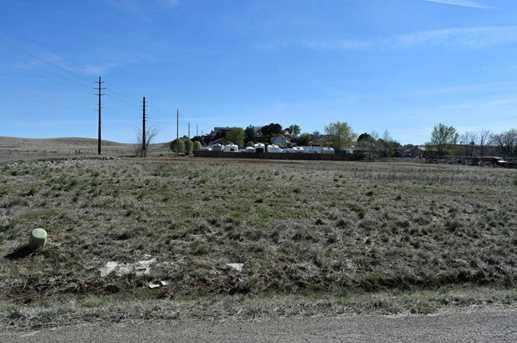 8967 Laredo Dr - Photo 2