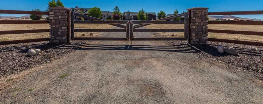 10791 N Coyote Springs Rd - Photo 4