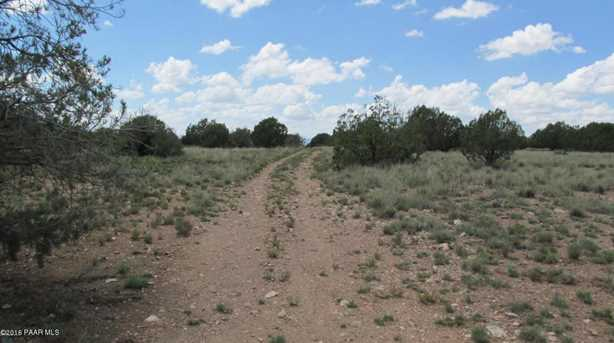 1829 Silent Spring Canyon - Photo 12