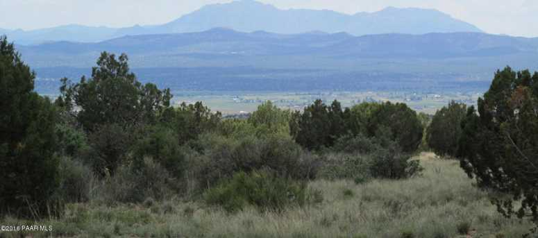 1829 Silent Spring Canyon - Photo 2